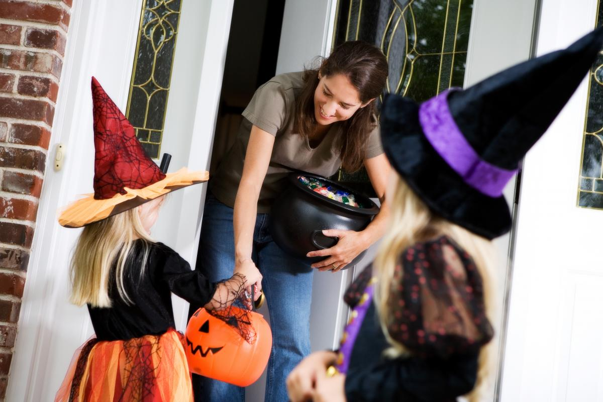 Halloween Safety Tips | Chattanooga Pedestrian Injury Lawyer