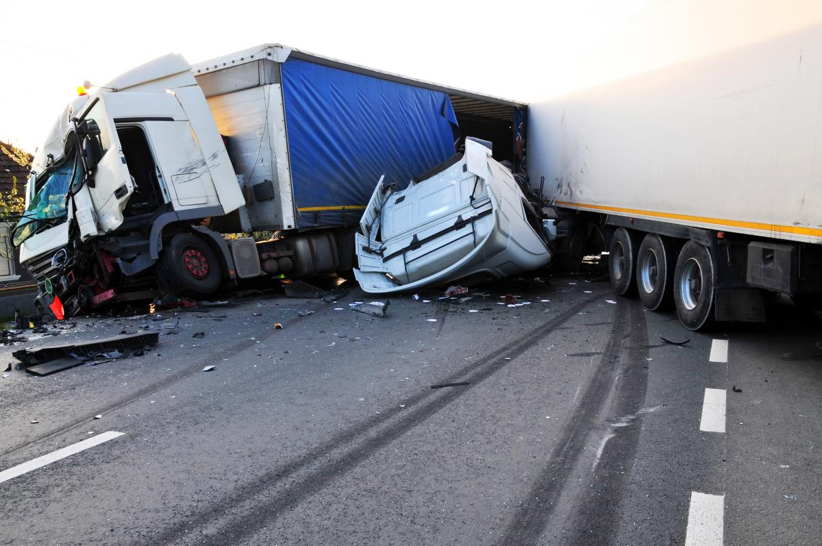 Large Truck Accident Lawyer | Chattanooga, TN