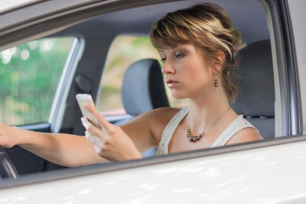 distracted driving - Chattanooga car accident lawyer